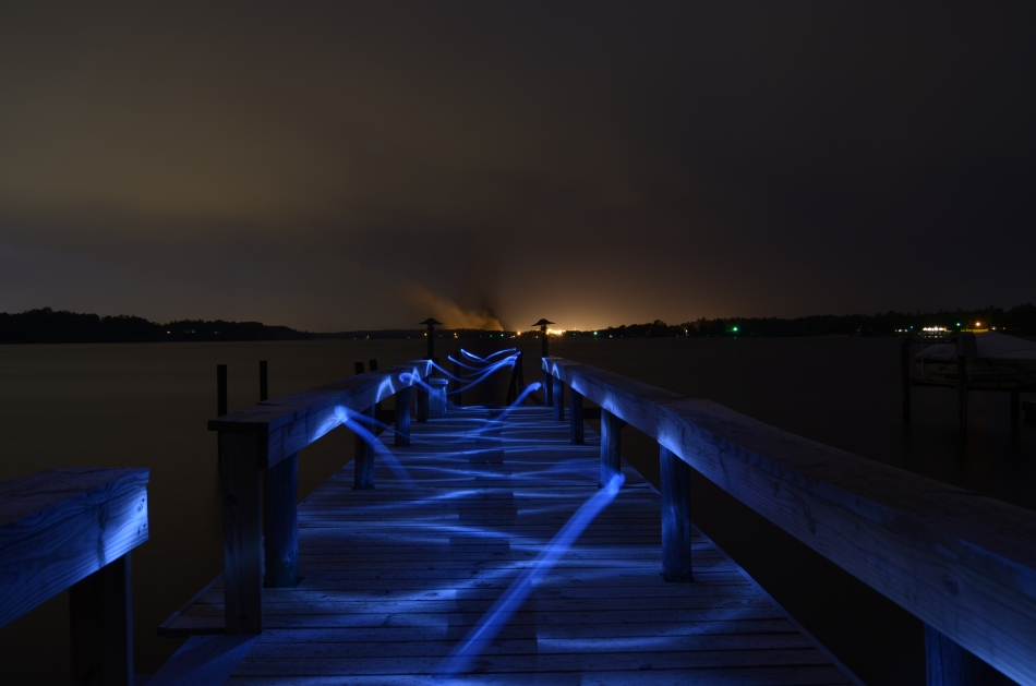 light painting - swirls on the dock